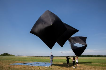 Aerocene Free Flight from Schönefelde, Berlin to Poland, 2018. Photo: Studio Tomás Saraceno.